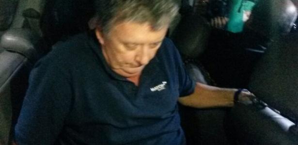 CEO da Match, Ray Whelan chega à delegacia após ser preso no Copacabana Palace