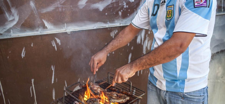 O governo do presidente Alberto Fernandez decidiu suspender temporariamente as vendas de carne bovina da Argentina - Rodrigo Capote/UOL