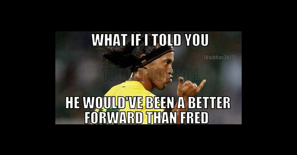 """""""E se eu te dissesse que ele seria um melhor centroavante do que o Fred?"""". Ronaldinho Gaúcho é muito querido entre os torcedores estrangeiros"""