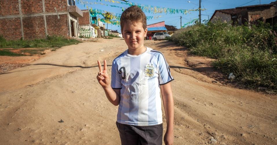 Riquelme da Silva, 8 anos, ganhou o nome em homenagem ao craque do Boca Juniors da Argentina
