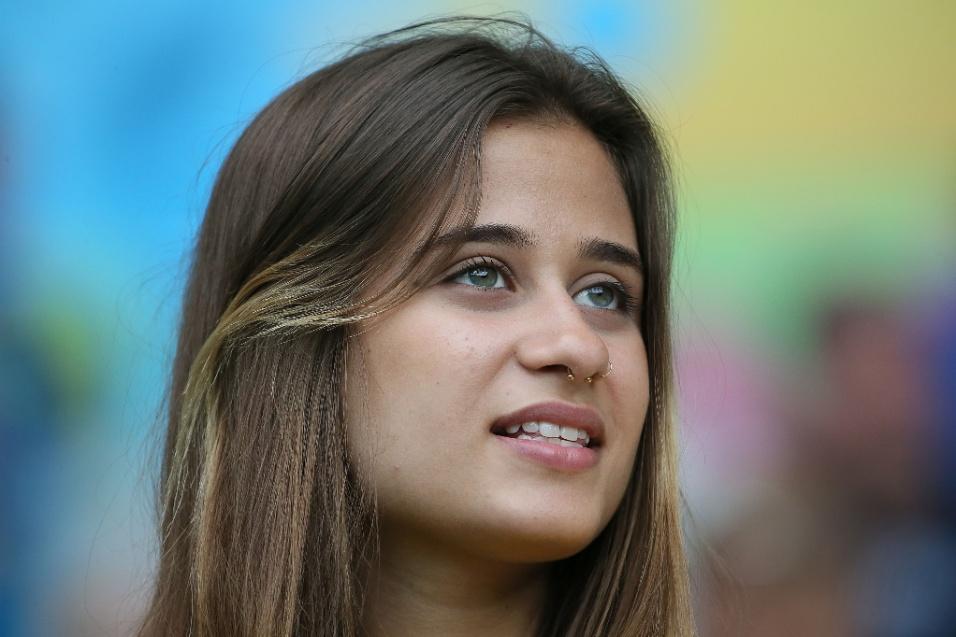 Bela torcedora vai ao Mineirão acompanhar a partida entre Brasil e Alemanha, pela semifinal da Copa do Mundo