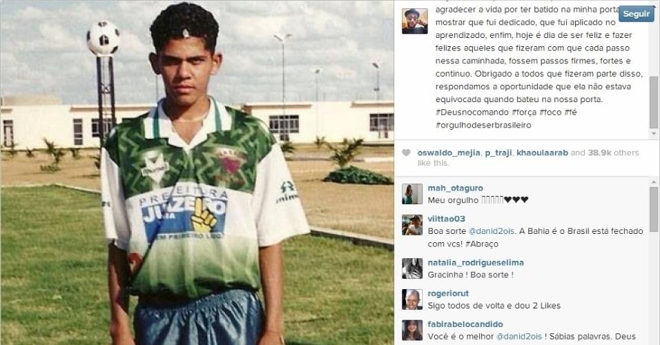 Daniel Alves posta foto antes de jogo contra a Alemanha e diz