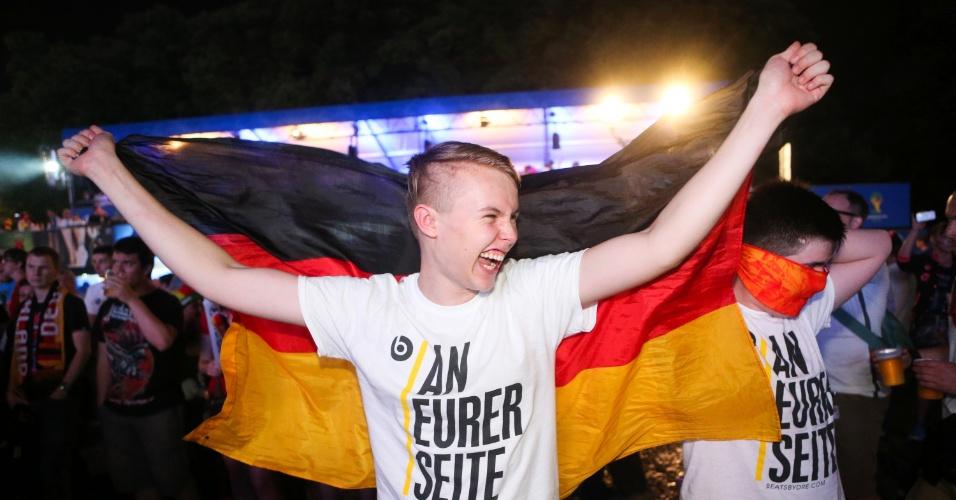 Em Berlim, a festa dos alemães após vitória magistral sobre o Brasil foi noite adentro