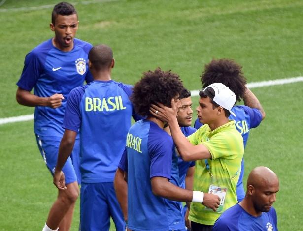 Paulo André diz que goleada sofrida pelo Santos contra o Barça era um sinal de alerta