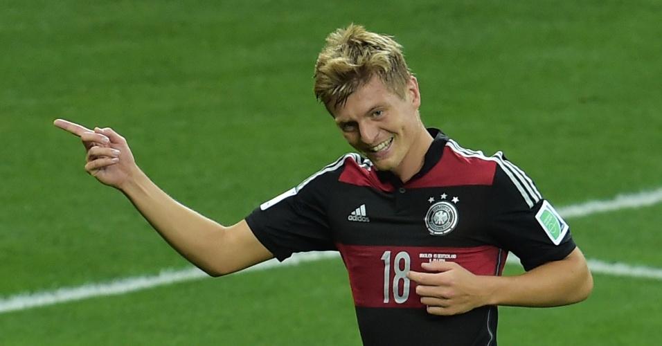 08. jul. 2014 - Toni Kroos comemora após marcar o terceiro gol da Alemanha, ainda no primeiro tempo no Mineirão