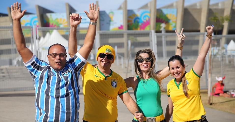 Torcedores começam a chegar nos arredores do estádio do Mineirão antes da partida entre Brasil x Alemanha