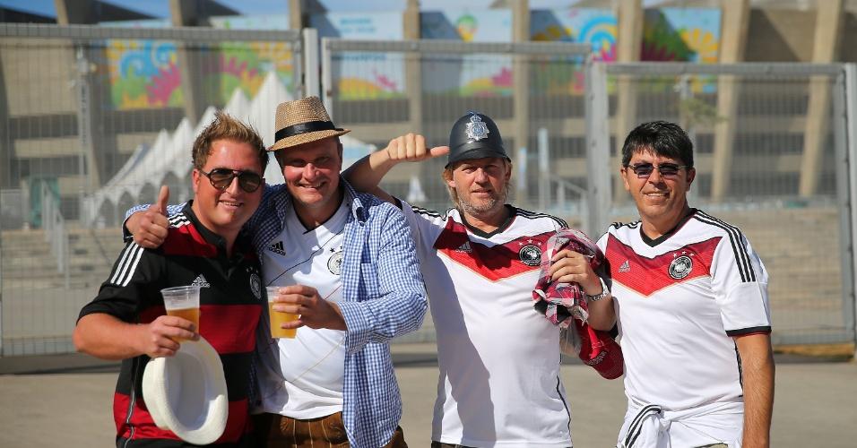 Torcedores da Alemanha presentes nos arredores do Mineirão antes da partida contra o Brasil