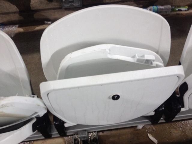 Cadeiras do Itaquerão aparecem quebradas após vitória argentina; danos já haviam ocorrido depois de os argentinos venceram a Suíça, nas oitavas de final, no estádio