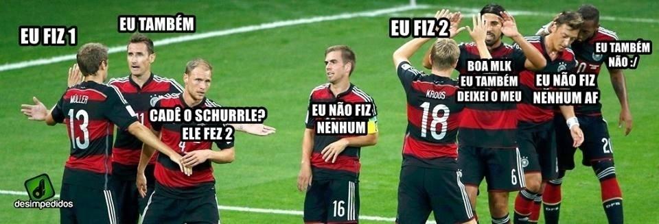 Confraternização dos jogadores da Alemanha depois do jogo