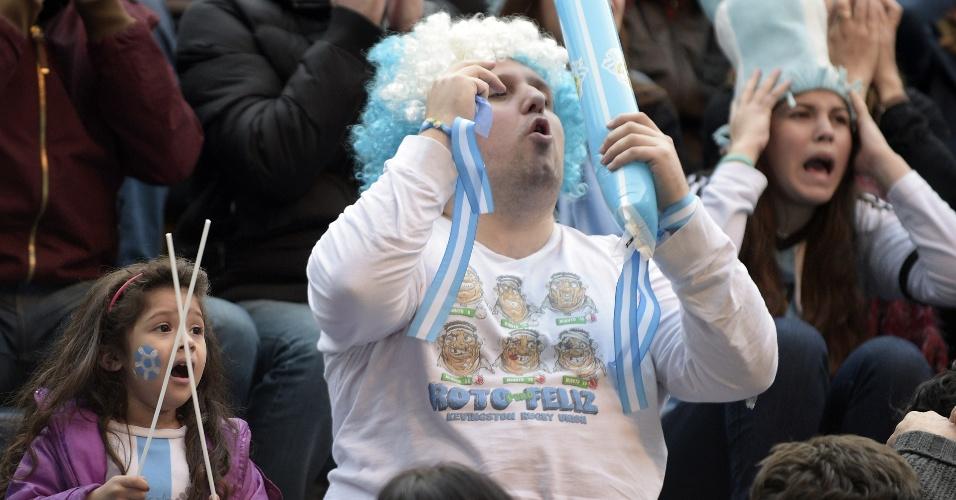 Em Buenos Aires, argentinos lamentam chance de gol perdida contra a Holanda