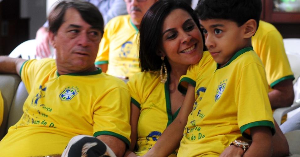 Parentes de Fred estiveram no estádio no jogo contra Camarões, quando o atacante marcou seu único gol na Copa