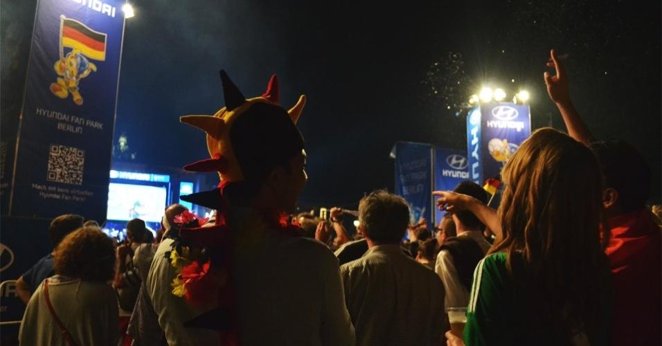 Torcedores da Alemanha comemoram vitória do time em partida contra o Brasil