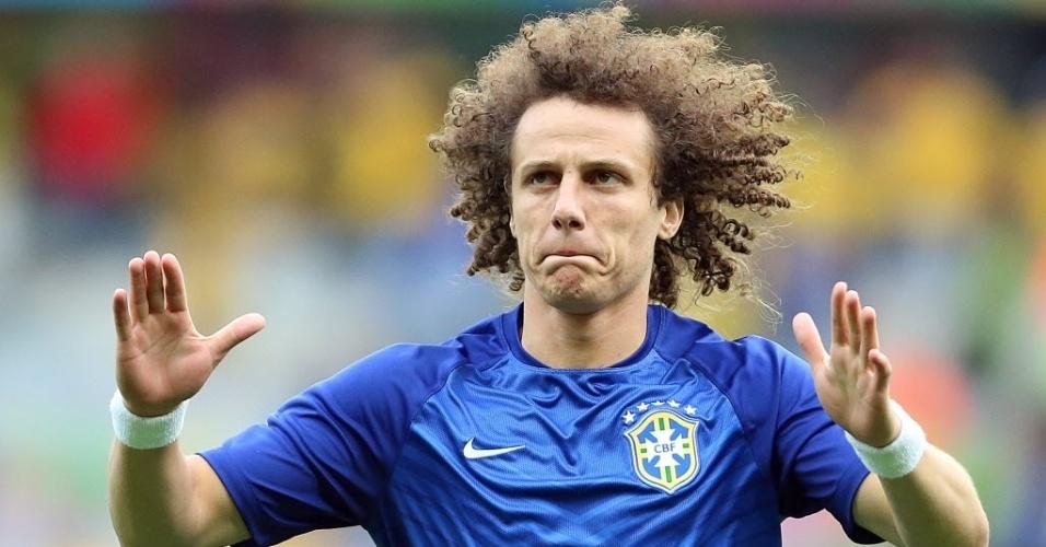 David Luiz entra em campo para a semifinal contra a Alemanha na Copa do Mundo Brasil 2014