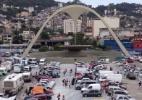 Terreirão do Samba e Sapucaí viram verdadeiros acampamentos de argentinos - Maurício Stycer/UOL