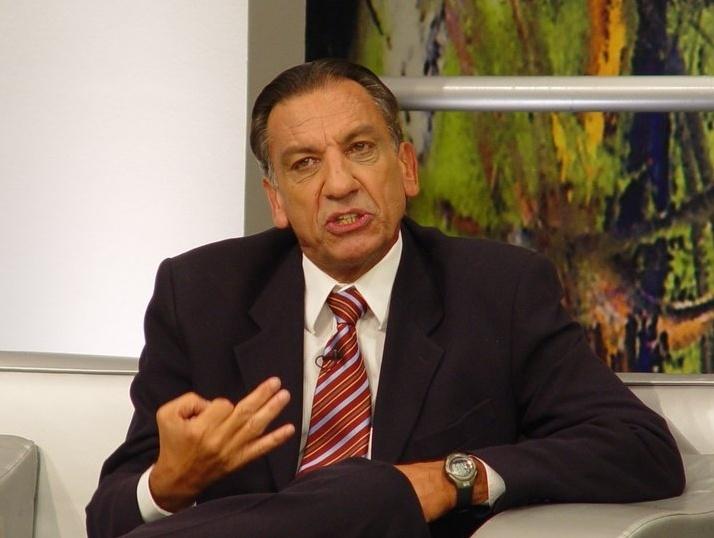 Dr. Osmar comenta no Terceiro Tempo, da Record