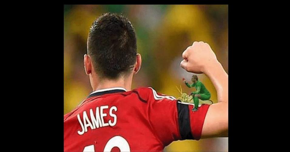 James Rodriguez também foi usado nas montagens do goleiro da Holanda