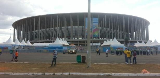 Estádio Nacional de Brasília no dia da disputa do terceiro lugar da Copa entre Brasil e Holanda