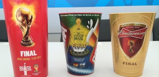 Copos personalizados viraram febre nos jogos da Copa, inclusive na final entre Alemanha e Argentina