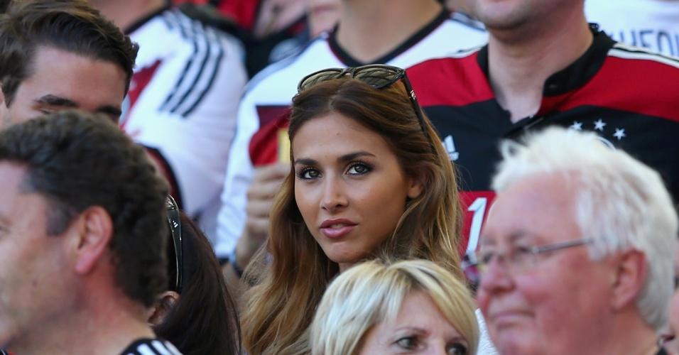 Ann-Kathrin Brommel, namorada de Götze, acompanha decisão entre Alemanha e Argentina