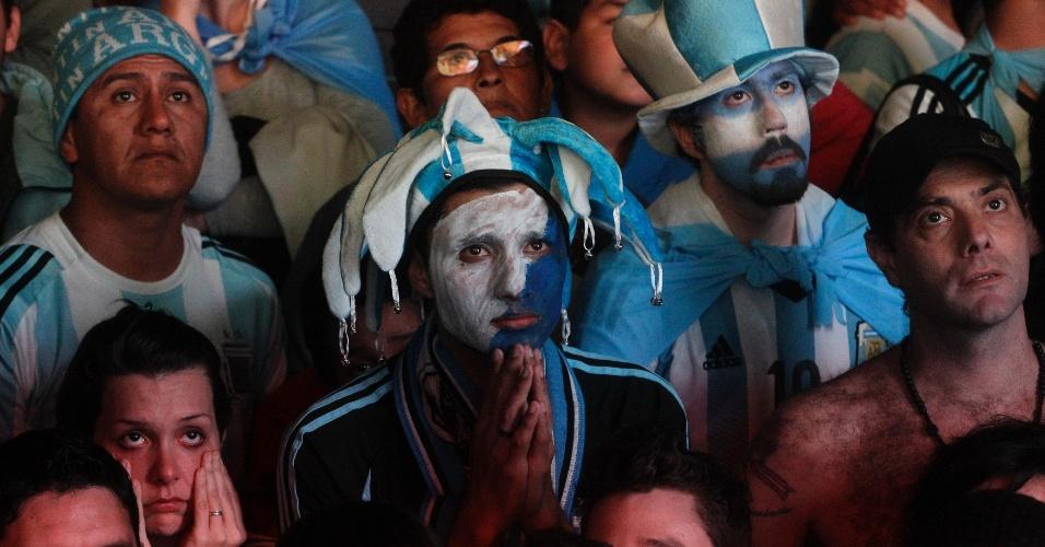Argentinos assistiam à transmissão na esperança de ver algo diferente no Maracanã