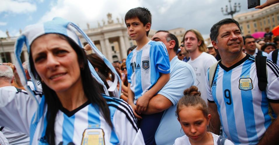 Argentinos foram ao vaticano em busca da benção do Papa para a final da Copa do Mundo