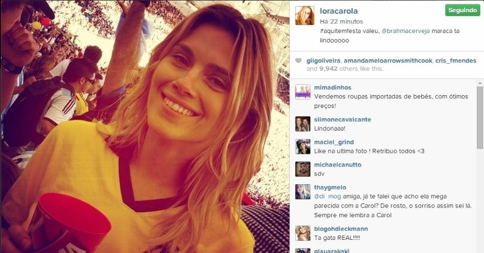 Carolina Dieckmann foi ao Maracanã com camisa do Flamengo para assistir à final da Copa do Mundo entre Alemanha e Argentina
