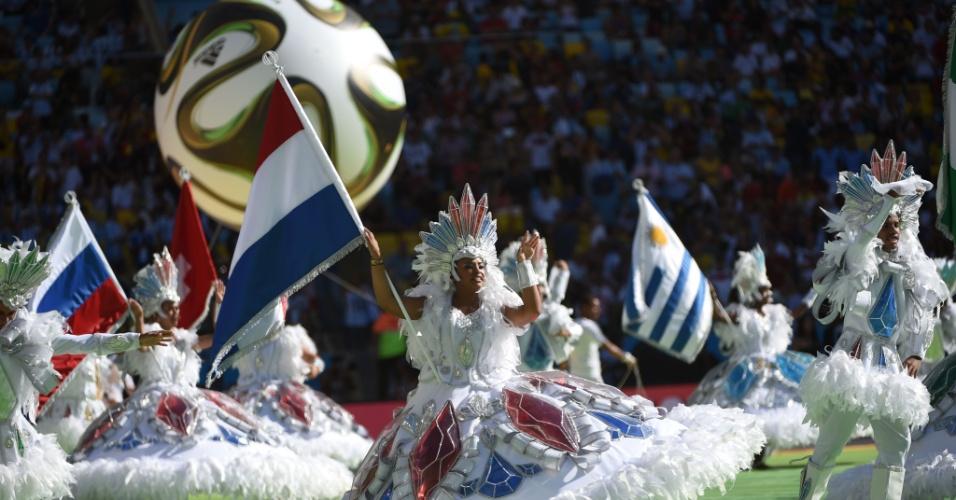 Cerimônia de encerramento no Maracanã contou com muita dança no Maracanã