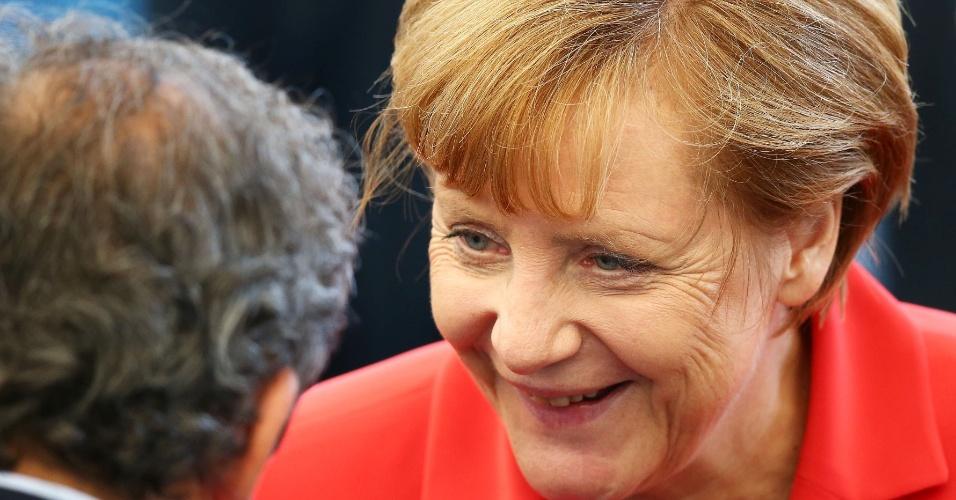 Chanceler alemã Angela Merkel irá torcer por seu país na final da Copa do Mundo