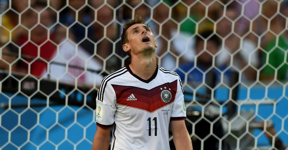 Klose lamenta mais uma chance perdida pelo ataque alemão