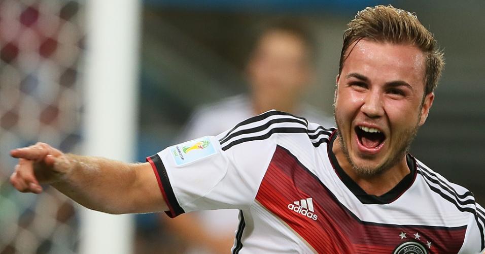 Mario Götze comemora o gol da Alemanha na prorrogação contra a Argentina