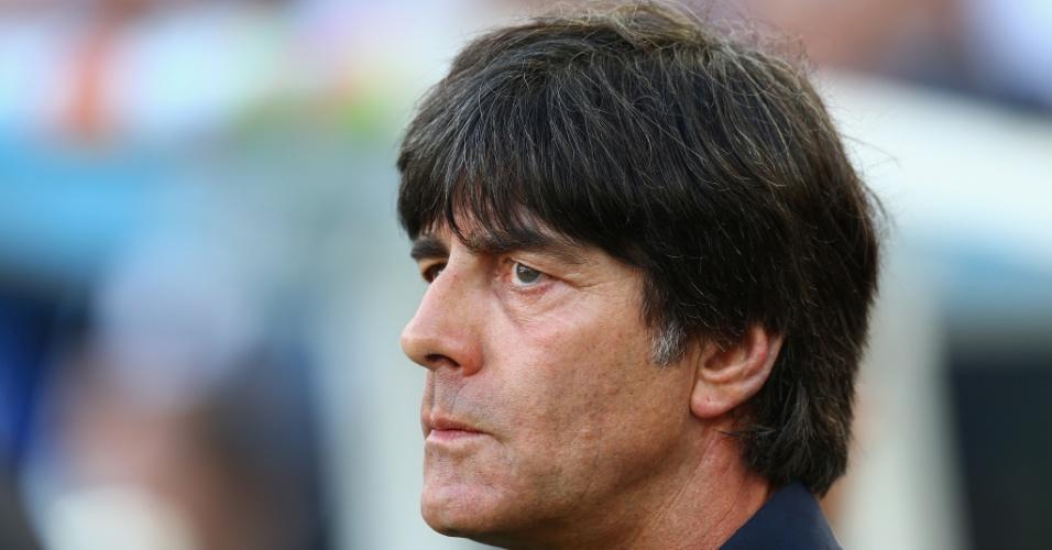 Técnico Joachim Low acompanha final entre Argentina e Alemanha