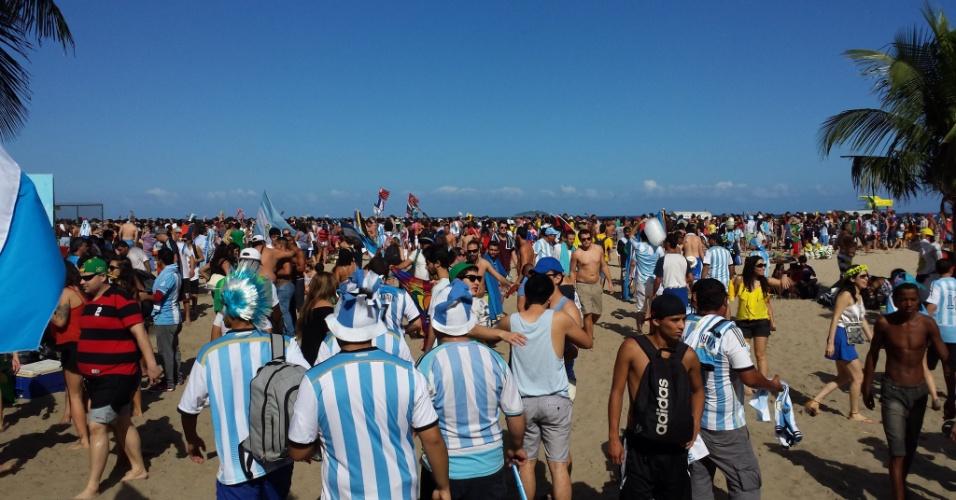 Torcedores lotam Fan Fest em Copacabana antes de Alemanha x Argentina