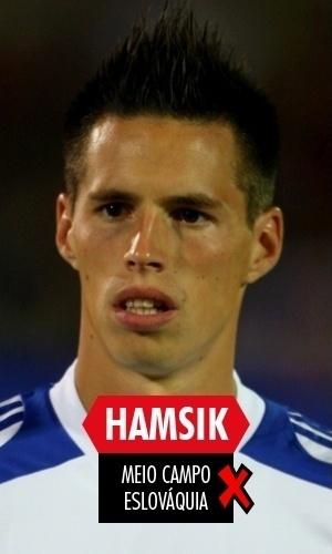 Hamsik - O meia eslovaco já não mostra o meso futebol de 2010 e nem conseguiu levar seu país para a Copa, caindo em um grupo com Bósnia e Grécia