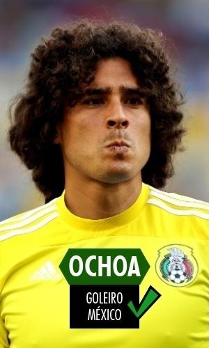 Ochoa - O goleiro mexicano teve atuação espetacular contra o Brasil, com ao menos 3 defesas lindas - e uma das melhores da competição, em cabeçada de Neymar. Contra a Holanda, não teve culpa alguma na virada que tirou o México da Copa - muito pelo contrário, se não fosse por Ochoa, os mexicanos perderiam de mais.