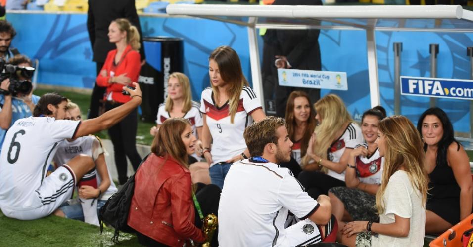 Seleção mais carismática da Copa mostra que também tem seu lado família