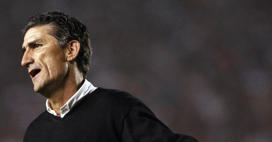 Edgardo Bauza, atual técnico do San Lorenzo e campeão da Libertadores pela LDU