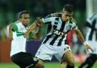Lateral se despede do Figueirense e pode ir para clube de Portugal (Foto: Heuler Andrey/Getty Images Sport)