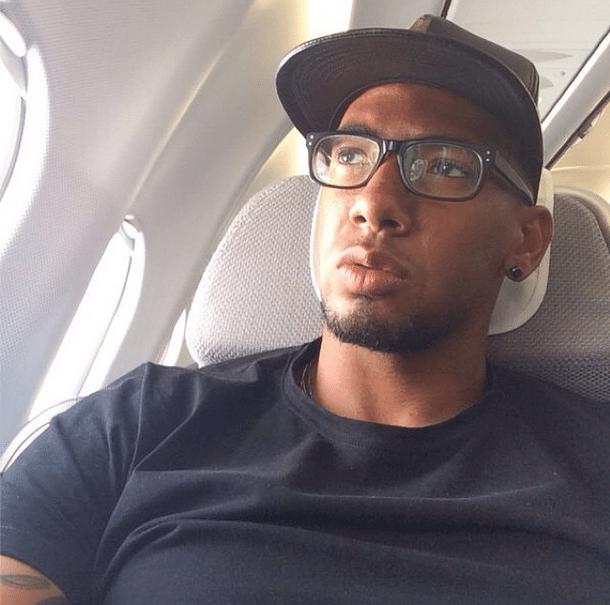 O zagueiro Jerome Boateng postou uma foto no avião com destino a Nova York. Jogador esteve presente em todas as sete partidas da Alemanha na Copa do Mundo