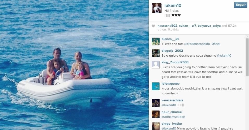 Rival do Brasil na fase de grupos, croata Luka Modric foi outro a levar a família para perto do mar