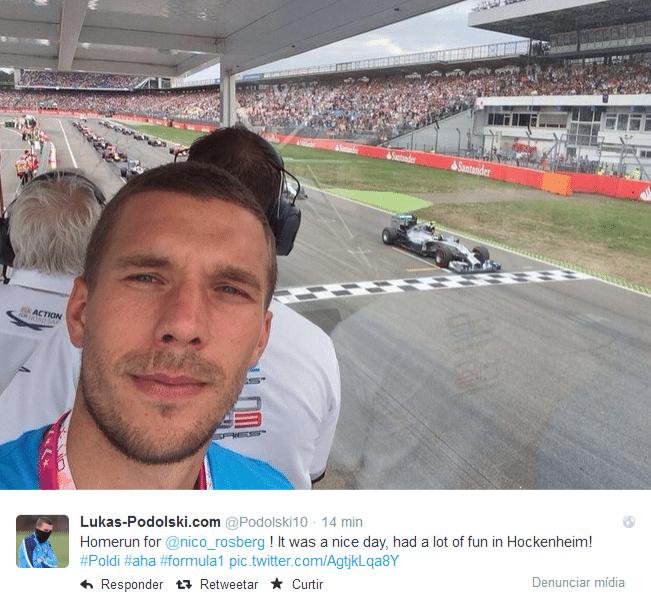 20.jul.2014 - Depois de se destacar no Brasil, Podolski também chamou a atenção no GP da Alemanha.