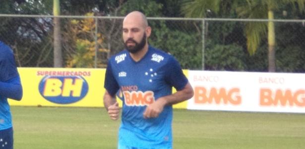 Zagueiro lamentou falhas na bola parada e exposição do time no empate por 1 a 1 - Dionizio Oliveira/UOL
