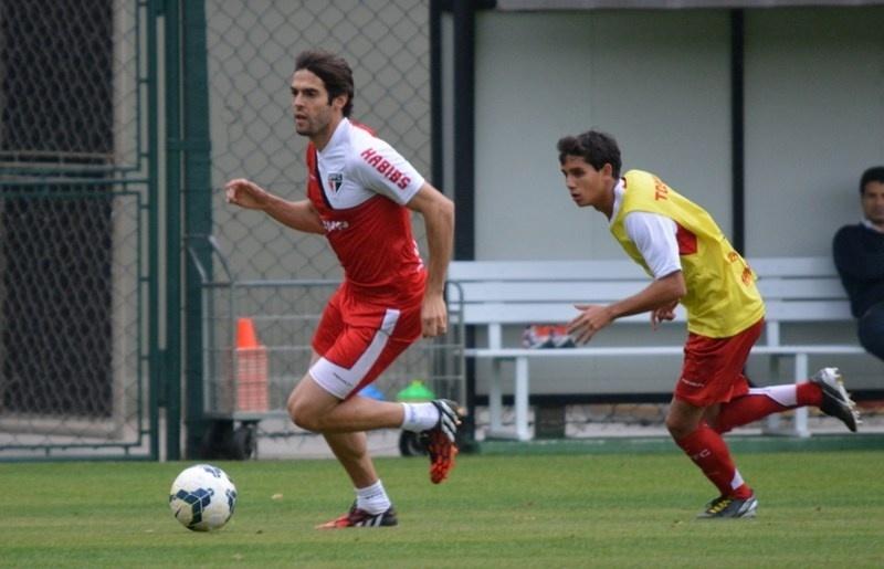 Kaká treina como titular pela primeira vez no São Paulo