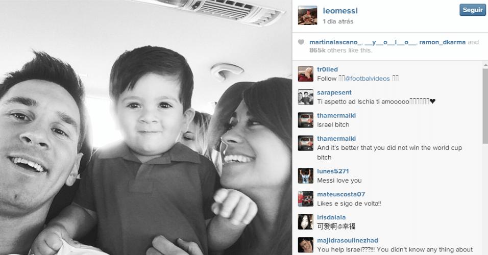 Messi, o filho e a mulher embarcam para mais uma viagem de férias, antes de ele voltar ao Barcelona. O vice-campeão do mundo com a Argentina partiu para a Itália para passar alguns dias de tranquilidade em Costa de Amalfi