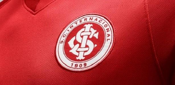 """Inter estuda acrescentar frase """"Nada vai nos separar"""" abaixo do escudo do clube"""