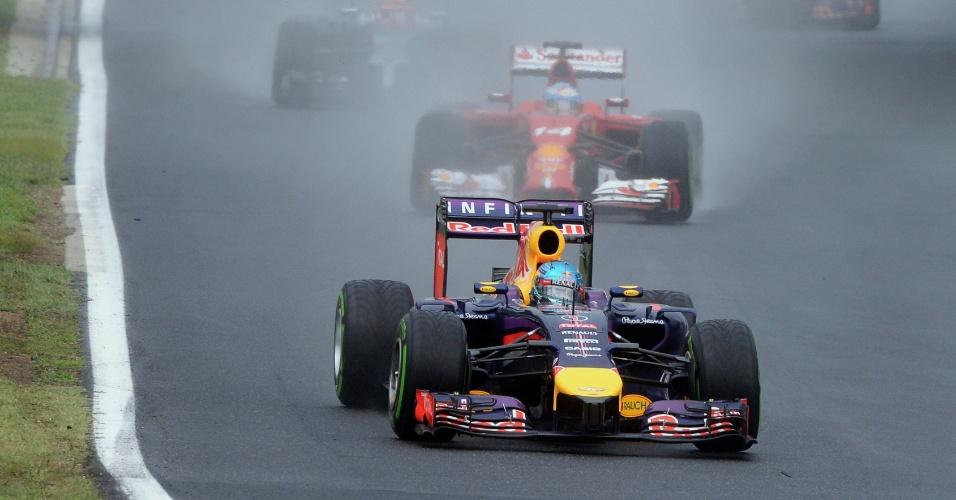 27.jul.2014 - Sebastian Vettel acelera sua Red Bull pelo circuito de Hungaroring durante o GP da Hungria
