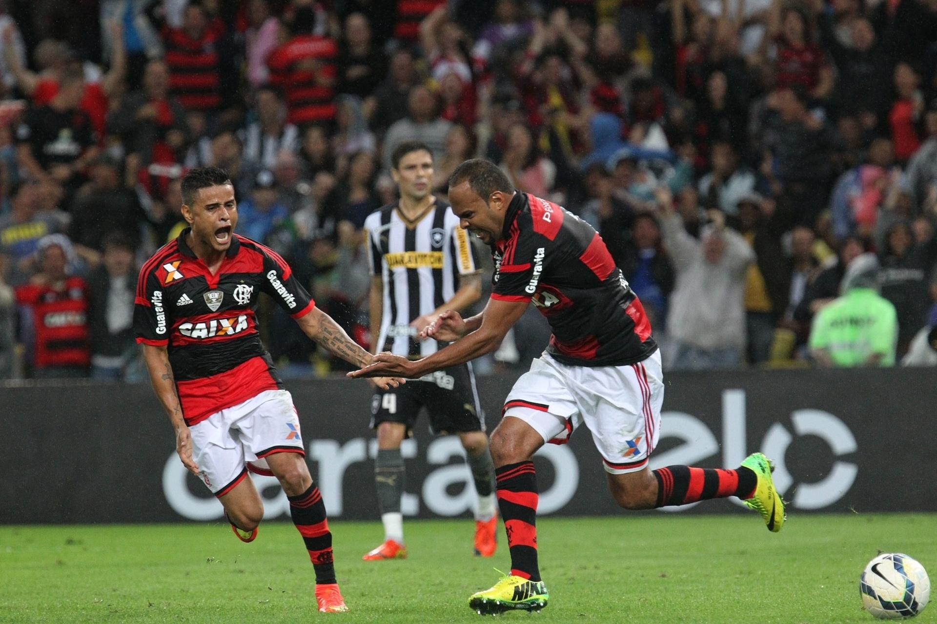 O atacante Alecsandro comemora o gol contra o Botafogo no clássico deste domingo 27 de julho