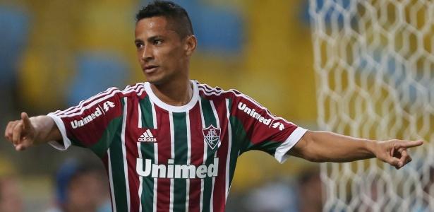 Aos 33 anos, Cícero será jogador do Grêmio por três meses com opção de renovação
