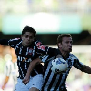 Corinthians e Coritiba jogaram no domingo