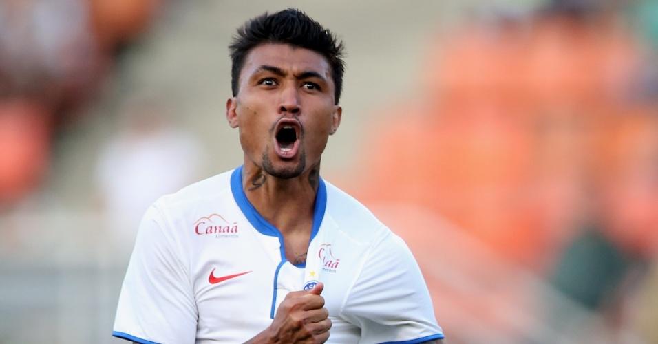 Kieza comemora gol do Bahia contra o Palmeiras pelo Campeonato Brasileiro