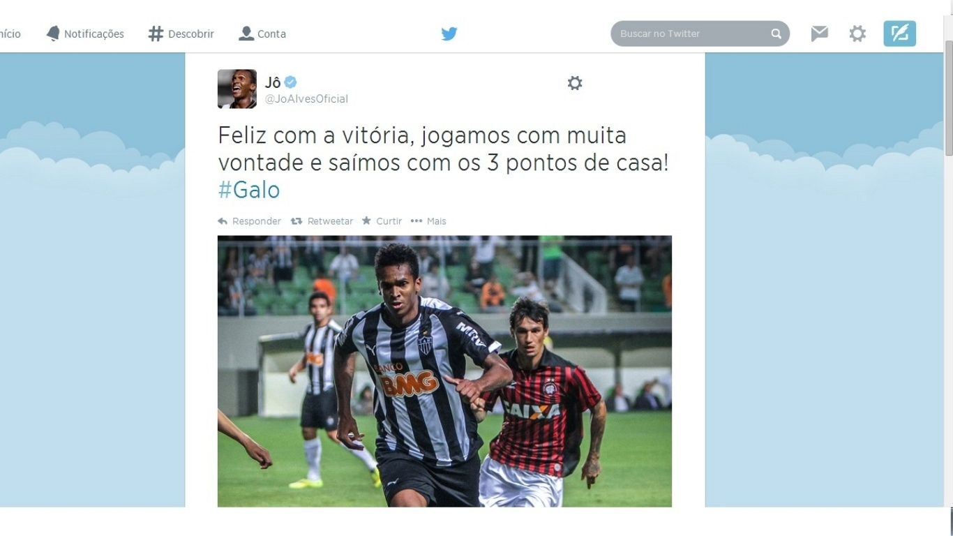4 AGO 2014 - Jô posta mensagem comemorando vitória no Facebook e ignora o fato de ter se ausentado na reapresentação do Atlético-MG